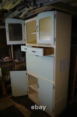 1950s Retro Vintage Kitchen Cabinet Larder Cupboard Excellent Restored Condition