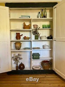 Vintage French painted pine kitchen cupboard/larder with inlaid design