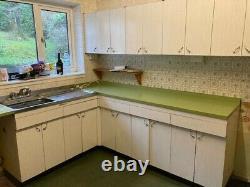Vintage retro whole kitchen (except the sink)