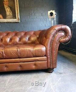 3006. Charmant Marron Chesterfield Vintage Brown Club 3 Places En Cuir