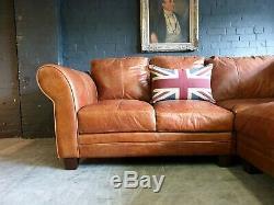 4013. Chesterfield Vintage Suite Corner Corner Club 3 Places En Cuir Beige Clair Courier Av