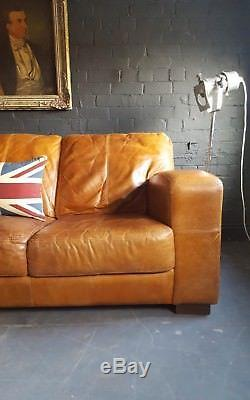422. Canapé Chesterfield En Cuir Vintage Et Vieilli 3 Places Beige Marron Courier Av