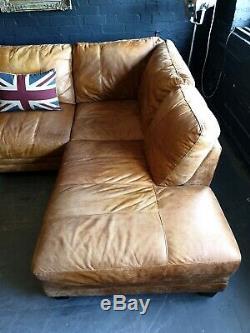 5012. Canapé D'angle Club 3 Places Vintage Chesterfield En Cuir Brun Clair Livraison Av
