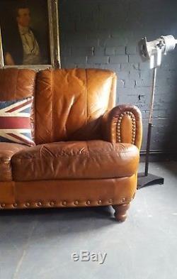 507. Canapé Chesterfield Vintage En Cuir Vieilli Et Vieilli Brun Tan Courier Av