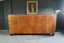 559 Chesterfield Vintage Canapé 3 Places En Cuir Club Beige Marron Courier Disponible