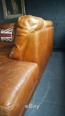 77. Suite Chesterfield Vintage Avec Canapé D'angle Club En Cuir Beige Clair
