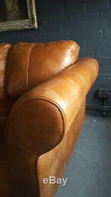 78. Suite Chesterfield Vintage Avec Canapé D'angle Club En Cuir Beige Clair