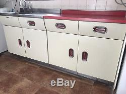 Années 1950 Cuisine Originale Anglaise Rose Aluminium Unités