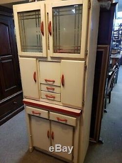 Armoire De Garde-manger De Cuisine Rétro Vintage Des Années 1950