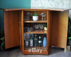 Barre De Cocktails Maison Cocktail Upcycled Vintage Rétro Des Années 1960 En Teck Métamorphique Turnidge