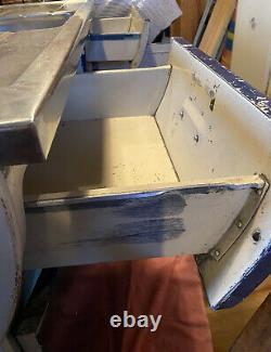 Blue English Rose Kitchen Sink Unit, Vintage, Rétro, Bassin, Aluminium. Années 1950