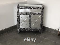 Chevet De Buffet D'armoire De Coffre De Coffre De Cabinet De Miroir De Relief Par Métal Argenté Noir