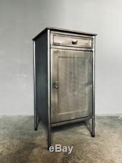 Chevet En Métal Poli Vintage Ébénisterie Plusieurs Modèles Dustrialisés