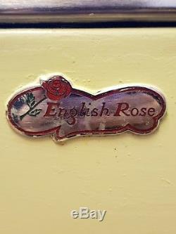 Cuisine Vintage Rose Anglaise Rétro