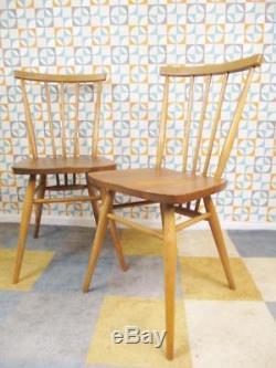 Paire De Chaises De Salle À Manger Modèle 391, Modèle Elm Et Hêtre, Années 1960, Vintage MCM