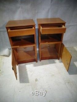 Paire Retro De Tak Pot Cupboard Vintage Bedside Cabinet De Nuit