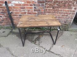 Reclaimed Industrial Chic Cube Wood & Metal Desk / Table À Manger. Bar, Café, Acier