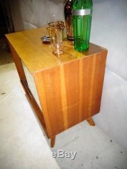 Rétro Chêne Boissons Cabinet Vintage Home Bar Cocktail Cabinet MID Century Modern