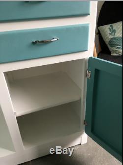 Retro Vintage Cuisine Entièrement Rénové Larder Cabinet Armoires Cuisine