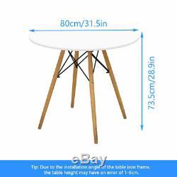 Round Table À Manger Gris Des Chaises En Bois Set De Cuisine Simple Design Café Meubles