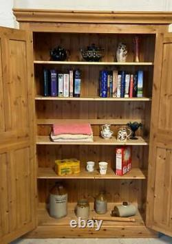 Solide Pine Vintage Narrow Kitchen Pantry Larder Cupboard/bookcase / Femmes De Ménage