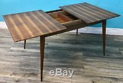 Superbe Milieu Du Siècle Vintage Retro Figured Noyer Extension Table À Manger