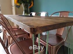 Table De Salle À Manger Solide Rustique De La Cuisine 150x90cm Et Jambes En Acier Industrielles En Épingle À Cheveux