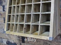 Unité En Bois De Rayonnage De Cabinet De Stockage De Trous De Pigeon 57 De Meubles En Bois Industriels