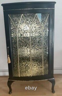 Upcycled Vintage Black And Gold Boissons / Gin Display Cabinet (verre Et Bois)