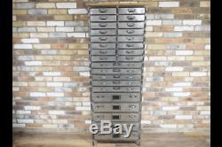 Urban Vintage Industrial Metal Avec Unité De Rangement En Bois 26 Draws 5234