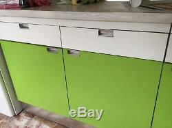 Vers Tip Original Vintage Rétro Des Années 1970 Des Années 1960 Vert Lime Unités De Cuisine