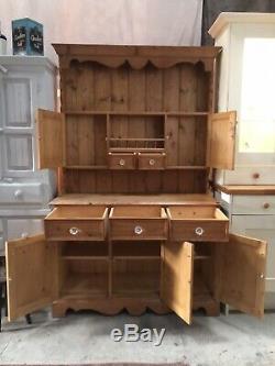Vintage Belle Solid Main Pine Carved Gallois Dresser Avec Verre Boutons Dans Vgc