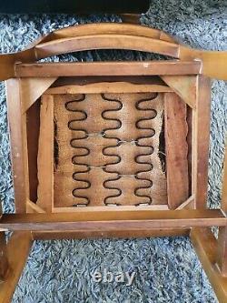 Vintage N & S MID Century 1950s Rétro Noyer Table À Manger Et 4 Chaises Vgc