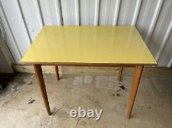 Vintage Retro Yellow Formica Dining Kitchen Table Uk Livraison Disponible